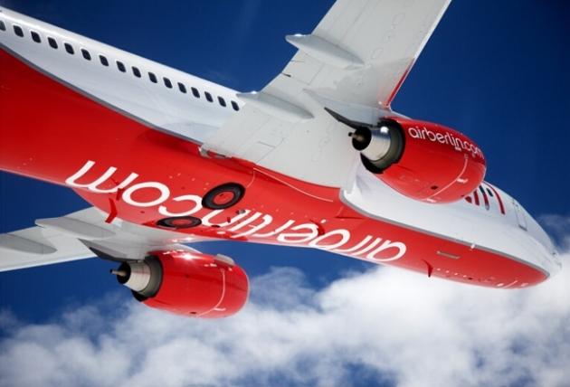 Airberlin Flugzeug am Himmel