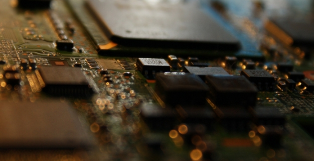 Bei Eibmarkt bekommst Du alles rund um die Themen Elektrik und Elektronik